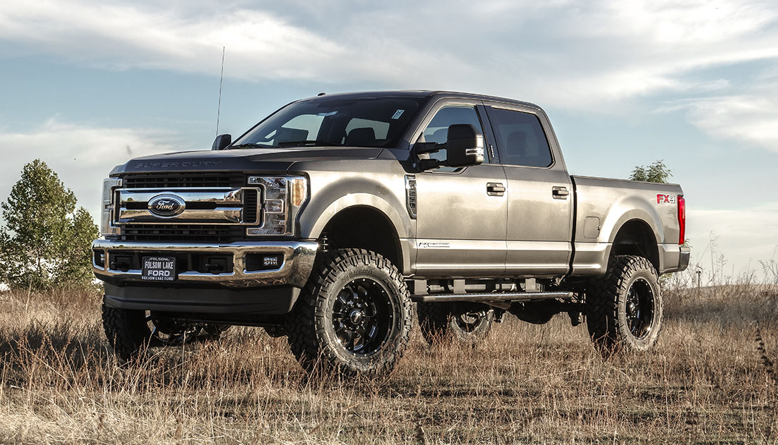 Lifted 2017 F350 >> NEW 2017-2018 Ford Super Duty Kits Are Here! | ReadyLIFT